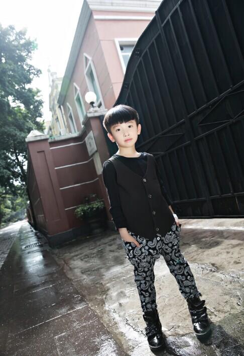 精品个性童装--亚洲第一品牌【M&Q大眼蛙】时尚经典童装唱主角诚邀加盟