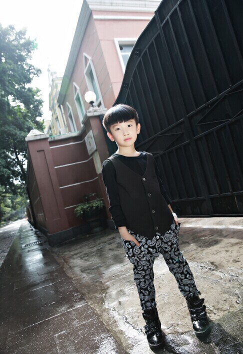 【MQ大眼蛙】韩国时尚童装精品个性童装--亚洲第一品牌M&Q大眼蛙时尚经典童装唱主角诚邀加盟