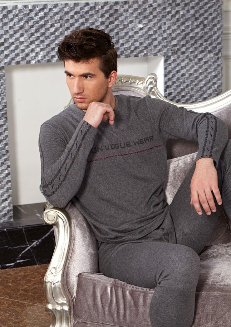 男士纯棉宽松版保暖内衣套装厂家低价直批