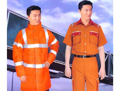 阳光丽人服装提供最有品质的工装定做服务