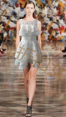时尚女装品牌高档连衣裙货源批发