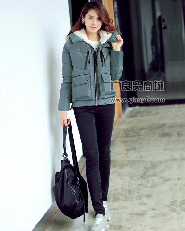 适合促销的韩版时尚羽绒服批发