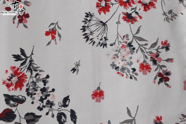 柯桥色织女装梭织提花F05233供应