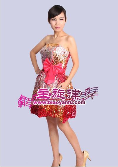 天津主旋律演出服装上万款舞台服装出租请您选择包您满意