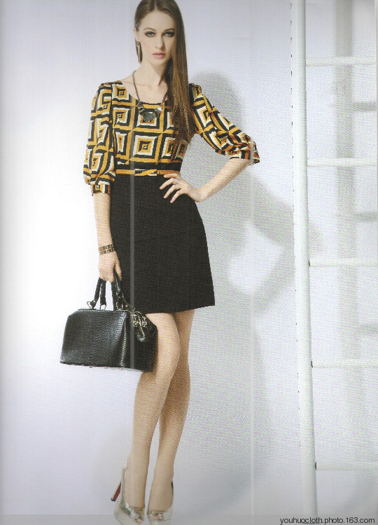 赛瑞娜北京一线品牌时尚个性女装连衣裙批发