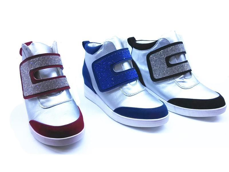 高品质的雅曼休闲内增高鞋批发