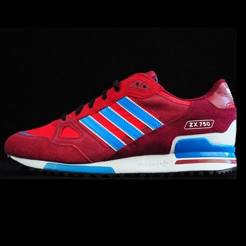 阿迪达斯运动鞋厂家低价批发