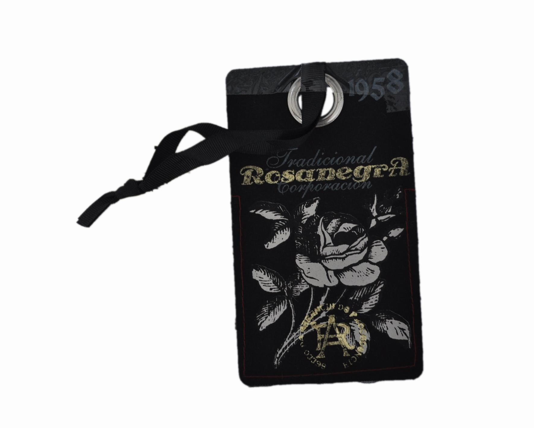 杭州规模最大的秋蝶黑卡丝印纸质服装吊牌批发