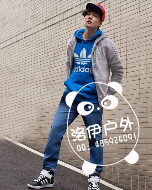 价位合理的三叶草男连帽卫衣M30157批发