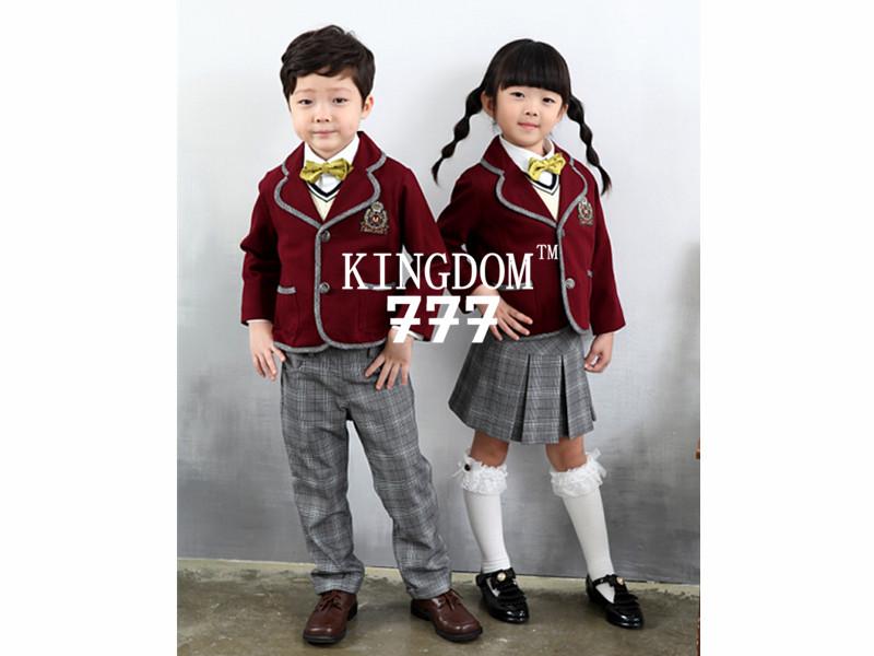 本公司经营幼儿园校服是根据欧美风格的风格设计,采用