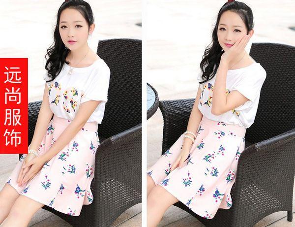 100件起混批的新款韩版女式T恤批发