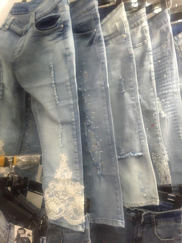 上海时尚镶钻女七分牛仔裤时尚最便宜批发