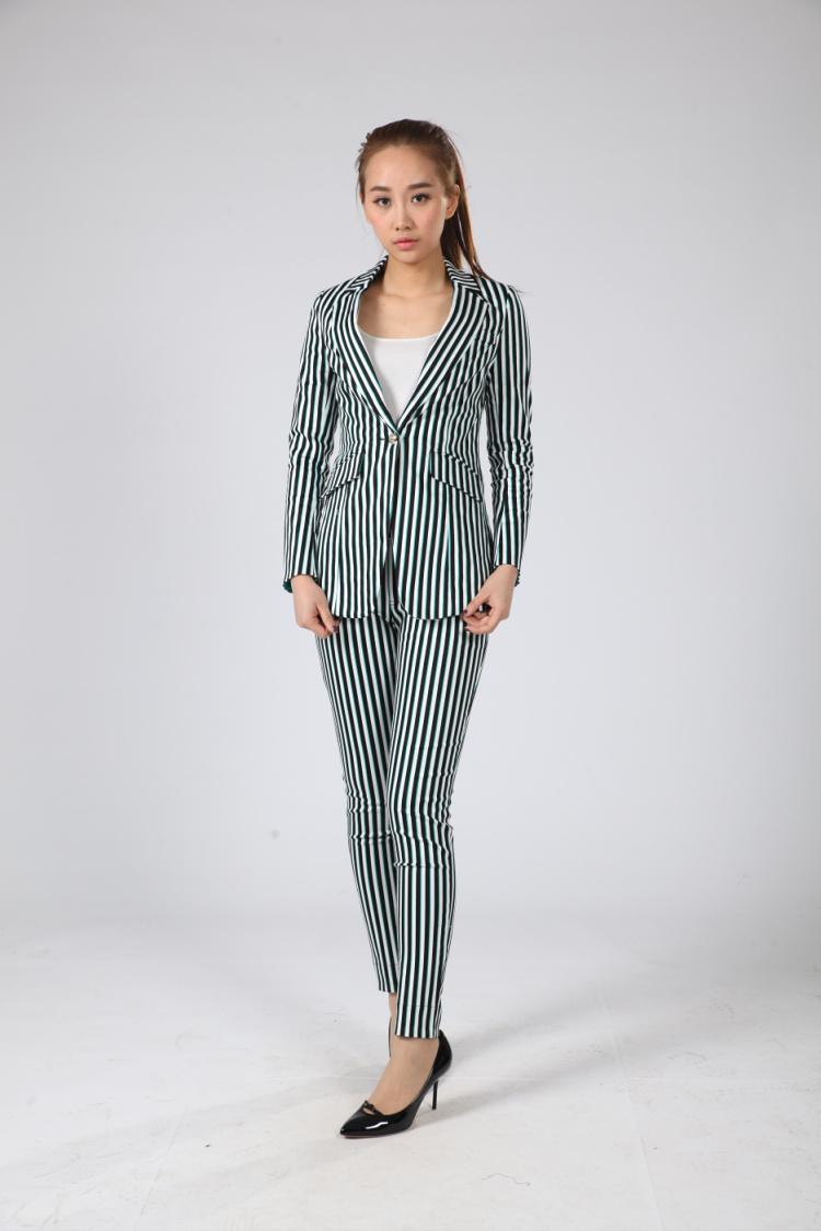 2015春夏名品折扣女装尽在格蕾诗芙,国际品牌折扣女装,零加盟!