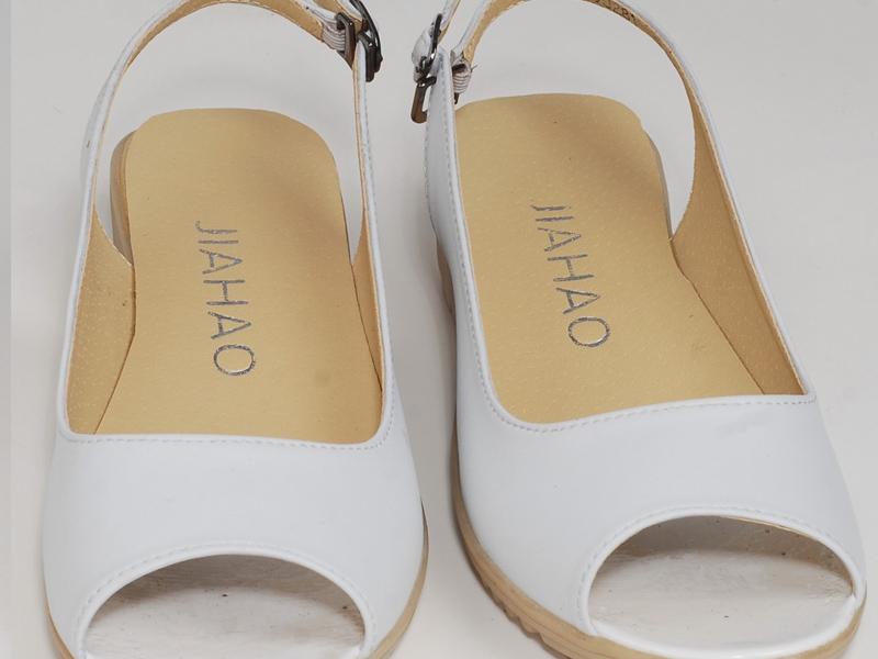 值得信赖的前后镂空夏季凉鞋批发