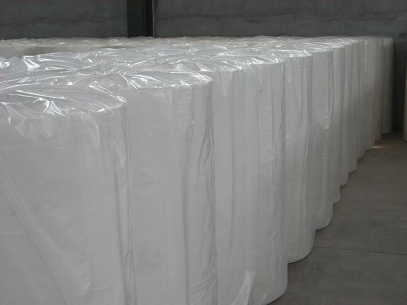 便宜的非织布厂家供应