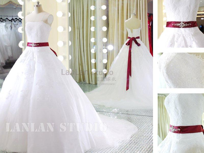 专业定制服符合您身材的新娘婚纱礼服