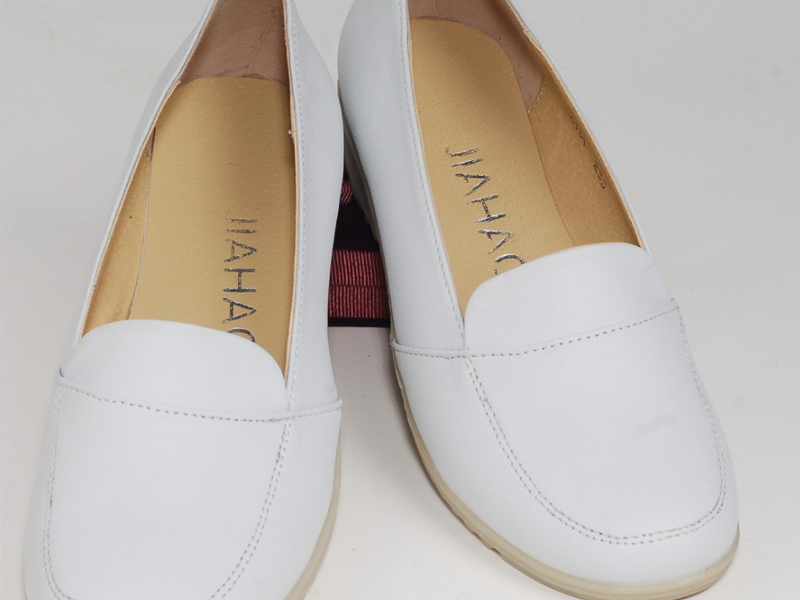 大量供应出售云南最畅销的医用平板鞋