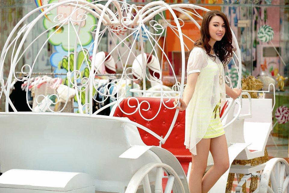 女装代理加盟金蝶妮 时尚潮流的销量冠军