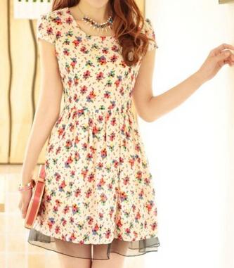 春夏装做工精致细腻及各种四季畅销服装批发