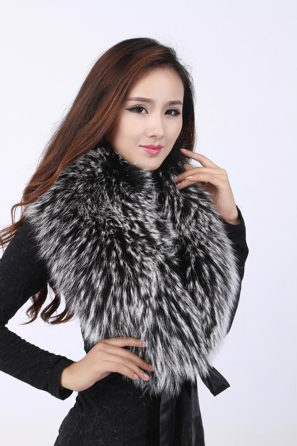 价格适中的冬季保暖貉子毛领批发