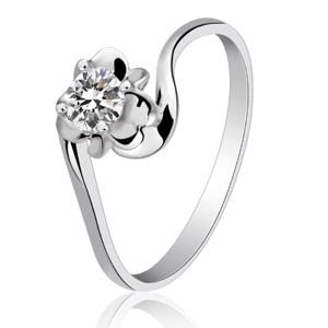 18K钻石戒指代理加盟