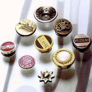 泉州质量硬的五金钮扣批发