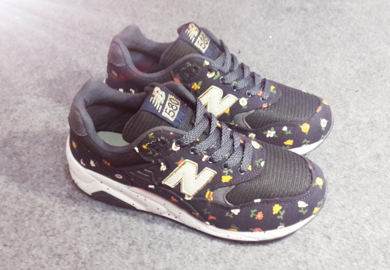 中国精仿鞋批发