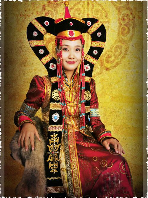 厂家直销的蒙古族服饰