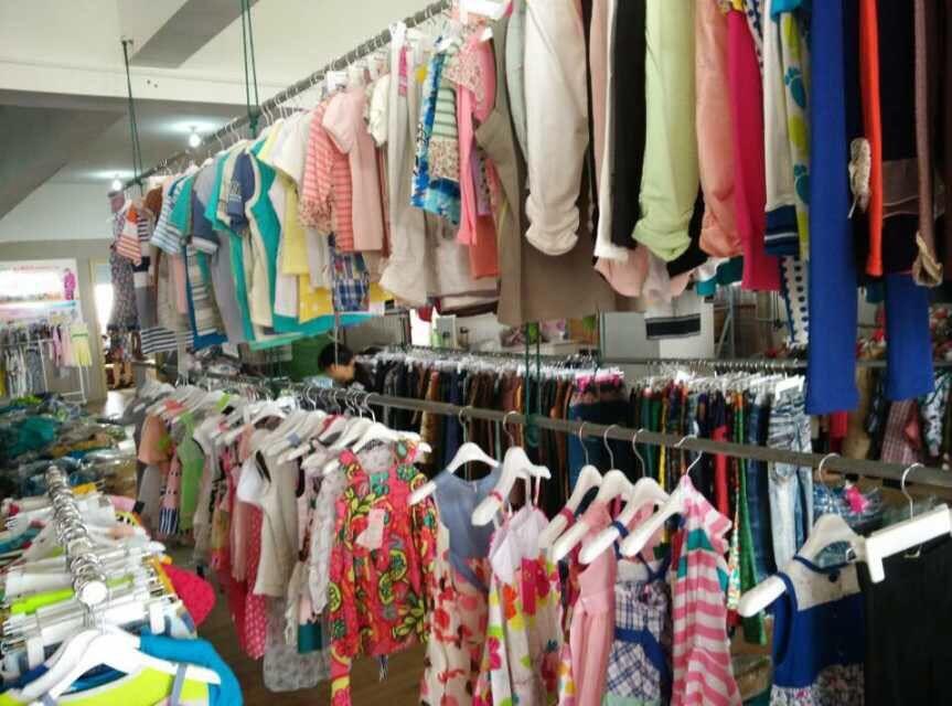 大规模品牌童装折扣供货