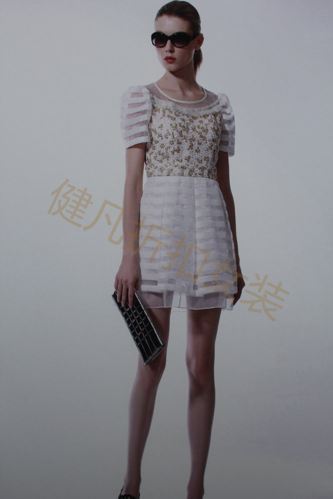 欧洲站女装时尚前卫女装批发