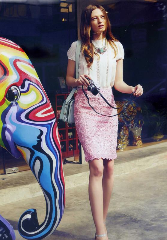 伊芙嘉精品折扣女装打造出2015最新的款式,诚邀加盟