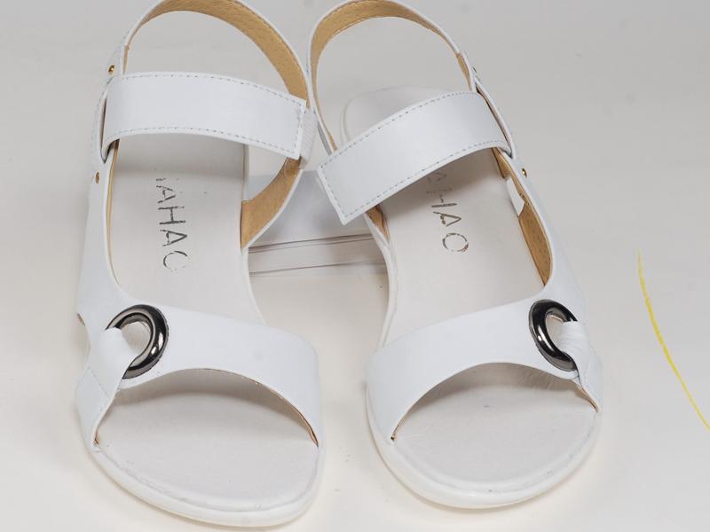昆明销售的医用夏季凉鞋批发