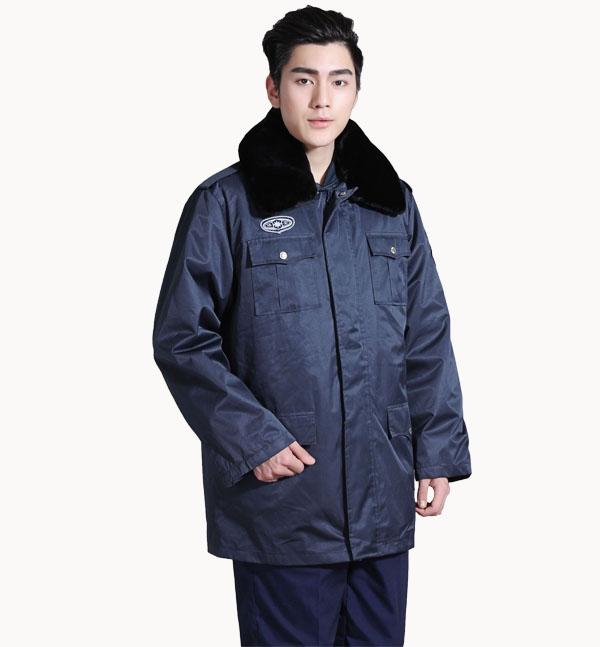 冬季加厚带毛领保安制服批发