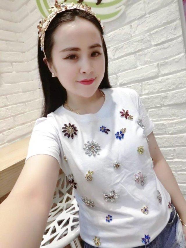 广东十三行沙河便宜女装t恤批发