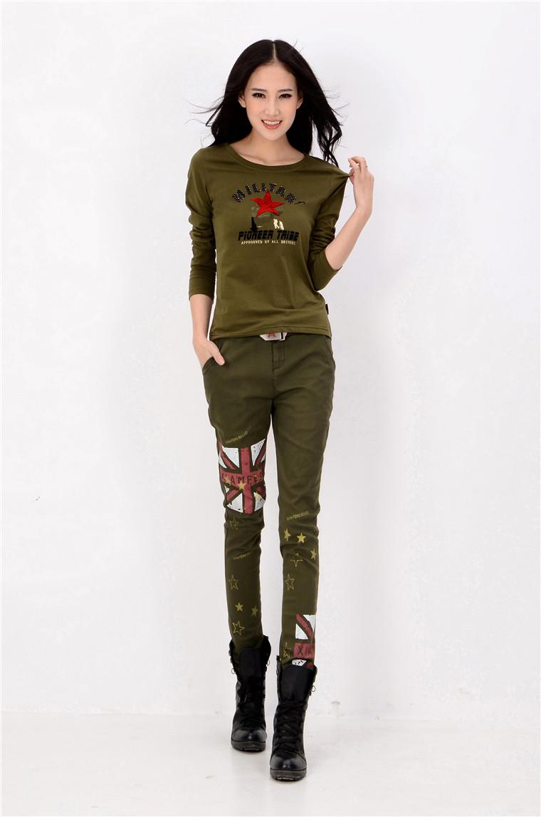 军绿户外修身女长袖T恤批发