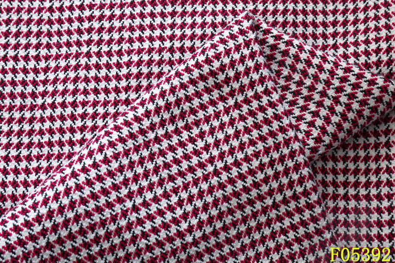 梭织大提花面料批发新款新样布纺提供