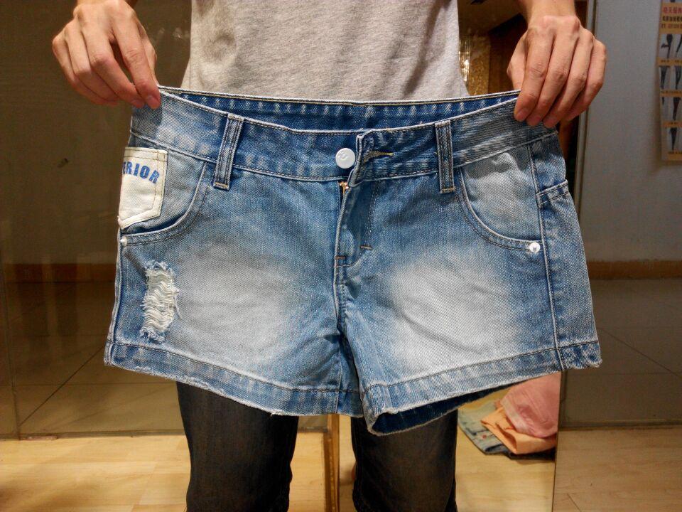 女装库存杂款牛仔裤低价批发