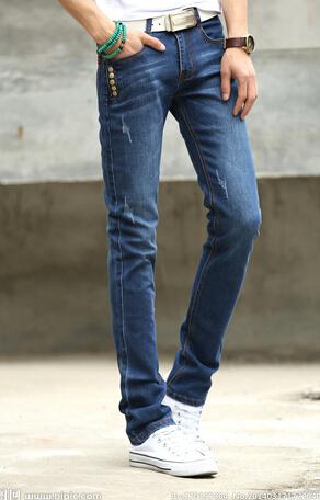 本公司专业从事各类牛仔裤外贸服装尾货库存批发