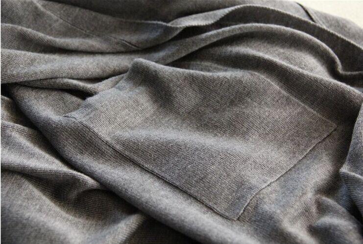 供应哪里有便宜的甩货服装批发适合地摊的服装批发厂家专业生产T恤,韩款长款T恤,女装长短T恤,男装长短
