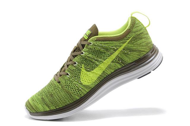 耐克运动鞋供货厂家:划算的耐克运动鞋购买技巧