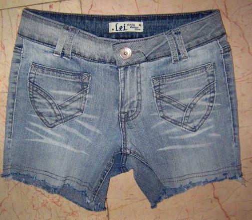 大码牛仔热裤,短裤和中裤处理中