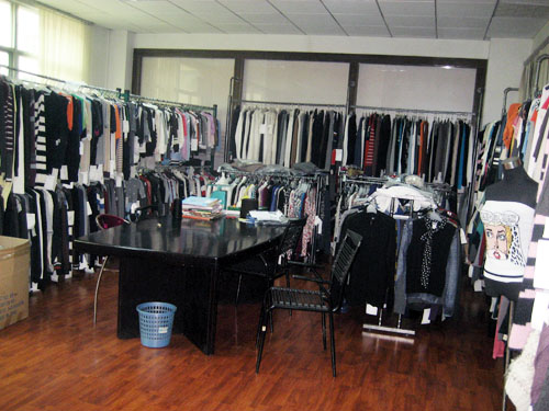 专注品牌毛衣厂羊毛衫羊绒衫小批量毛衣加工厂