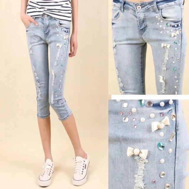 现工厂大量男女装潮流T恤  牛仔短裤 长裤七分裤 最低价批发