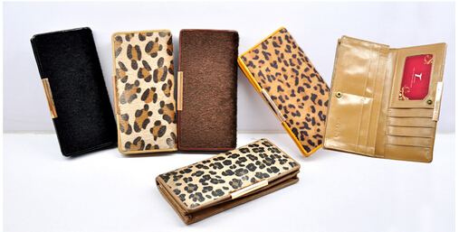 新型糖果色系列钱包:位于云浮规模最大的钱包新兴建廷皮具有限公司