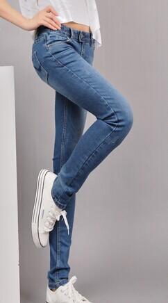 上海左安娜牛仔裤服装厂上海牛仔加工