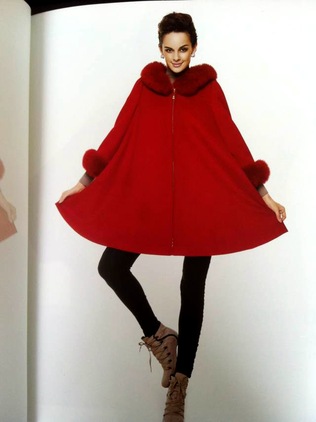 品牌时装价钱如何 优质的晨龙羊绒大衣高端女装广州直销供应