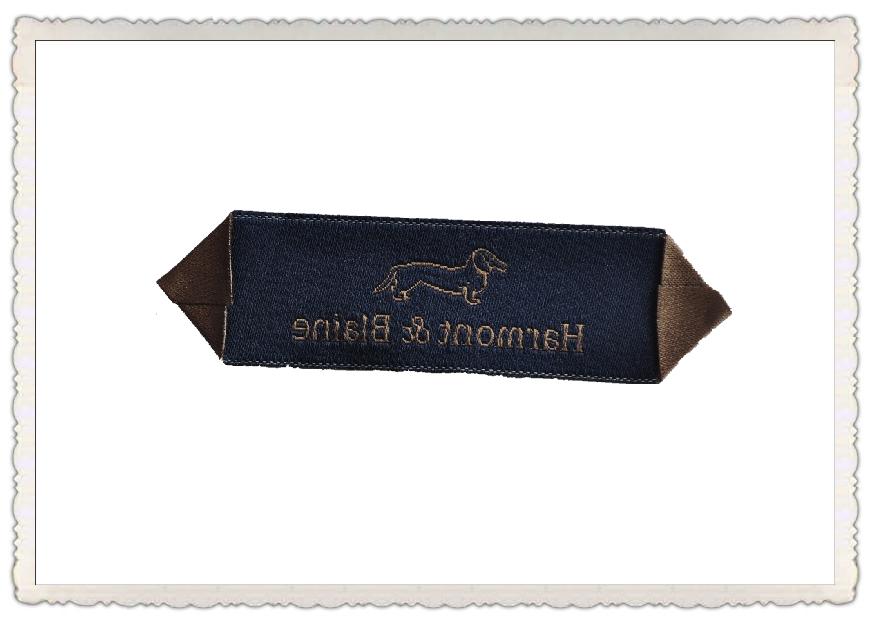 织唛,品牌好的秋蝶高档三角折主标,秋蝶服装辅料公司供应
