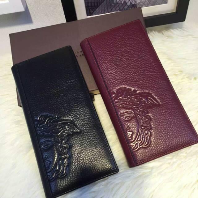 范思哲一比一工厂原版Versace钱包皮带手提包货源批发