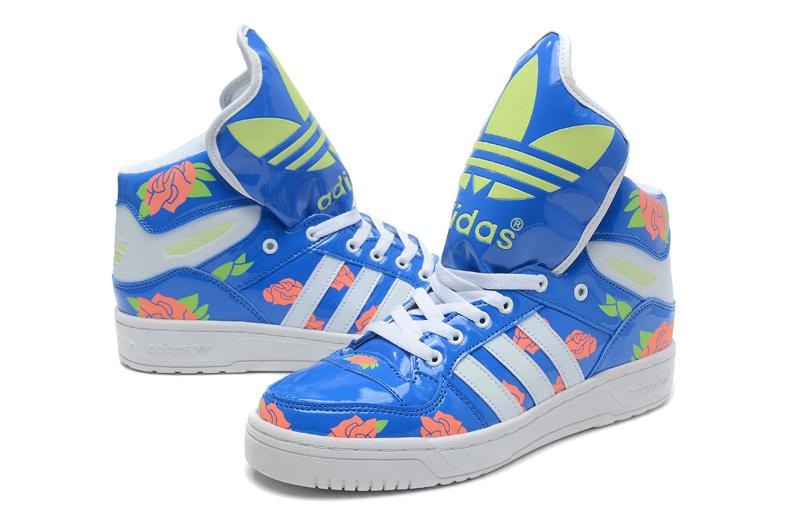 重庆潮鞋:由大众推荐的新品阿迪草鞋