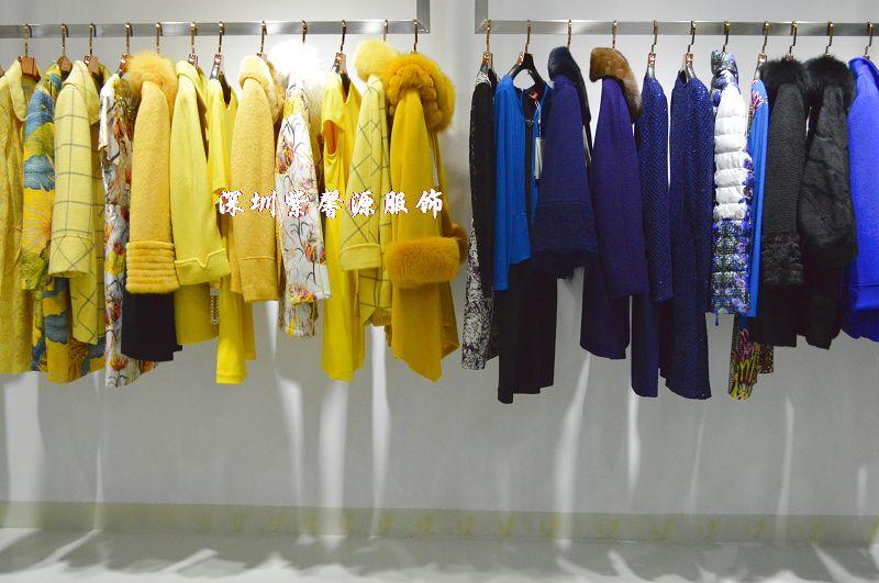 吉蔻 奥拉摩达女装秋冬到货,深圳折扣公司批发大量高端品牌女装 库存服装尾货